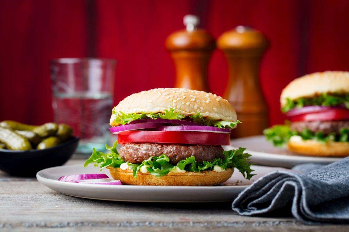 Prânz sănătos: burger de curcan